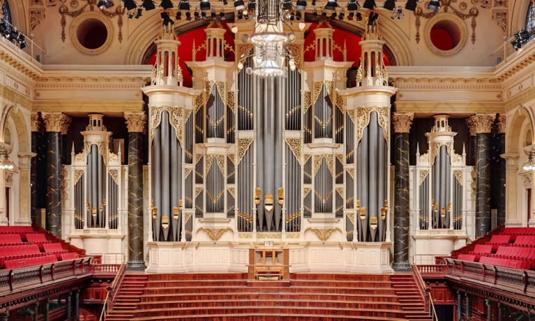 The grand organ in Sydney Town Hall.